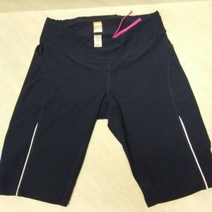 Lucy Active Wear Dark Blue Shorts Size Small